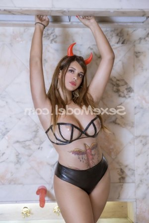 Dallila escort girl à Entraigues-sur-la-Sorgue